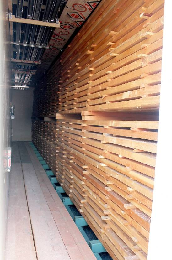 12965443_web1_LNTCFS-drying-wood-in-the-kiln